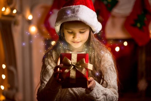 Przeciętny Polak w Święta Bożego Narodzenia obdaruje osiem osób