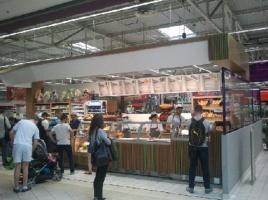 Zdjęcie numer 4 - galeria: Carrefour coraz mocniej łączy koncept handlowy z gastronomią