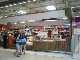 Zdjęcie numer 5 - galeria: Carrefour coraz mocniej łączy koncept handlowy z gastronomią