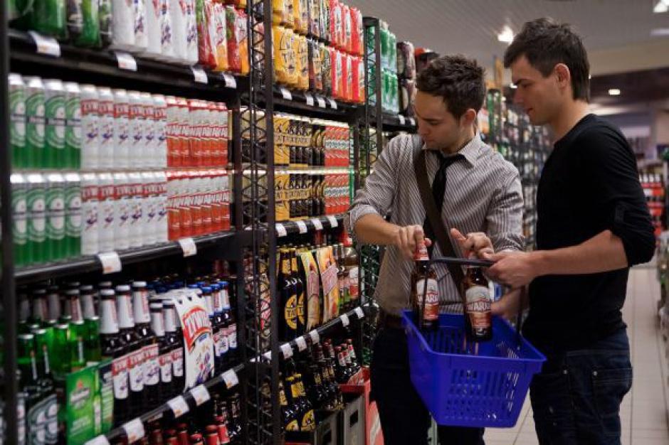 Powstała koalicja przeciwko sprzedaży alkoholu osobom niepełnoletnim