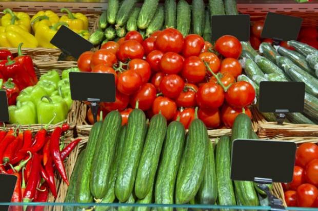 PGS: Owoce i warzywa są droższe niż przed rokiem