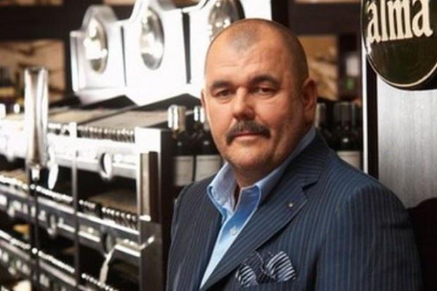 Jerzy Mazgaj skupuje akcje Almy Market