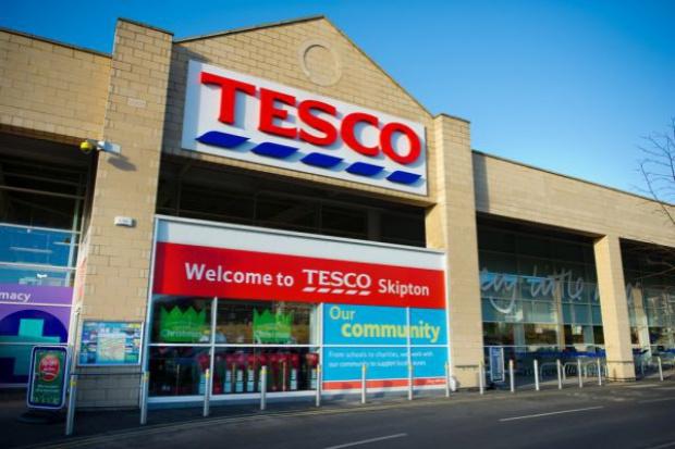 Tesco sprzedało kolejne grunty zlokalizowane przy sklepach sieci