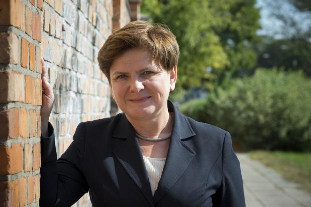 Premier Szydło: Planowany podatek pomoże polskim małym firmom handlowym