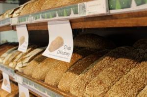 Polacy jedzą coraz mniej pieczywa
