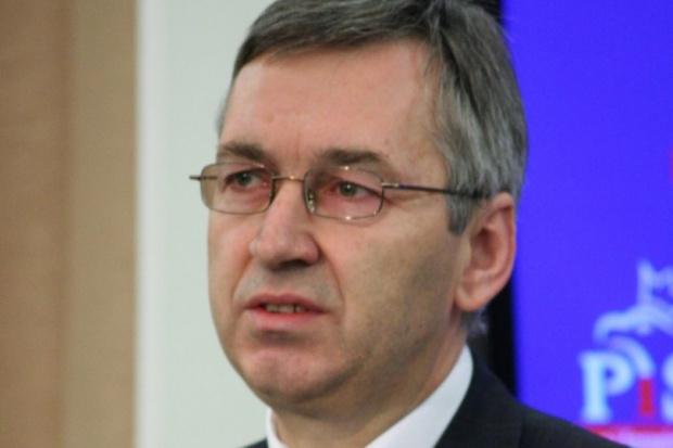 Wiceminister Szwed zapowiedział walkę z umowami śmieciowymi