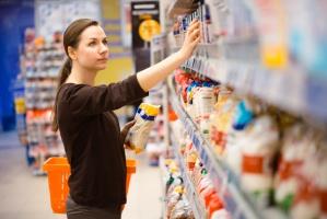 Polacy wydają na żywność aż 17 proc. z budżetu domowego