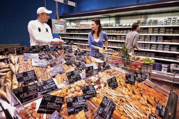 Sprzedaż detaliczna w grudniu wzrosła o 7 proc. Segment żywności ze spadkiem
