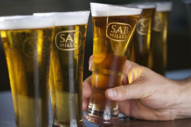 SABMiller notuje spadek przychodów z powodu niekorzystnych kursów walut