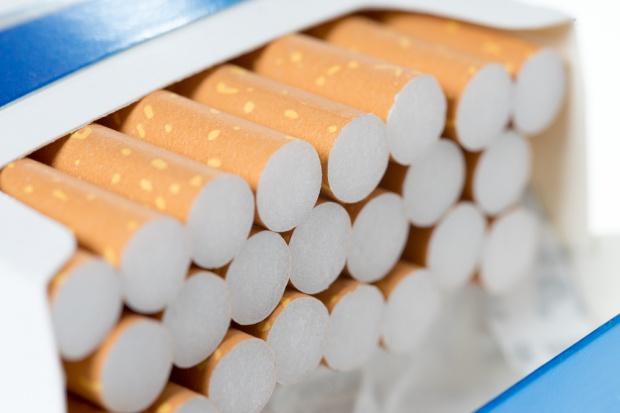 Smoke Shop sprzedaje sieć salonów firmowych