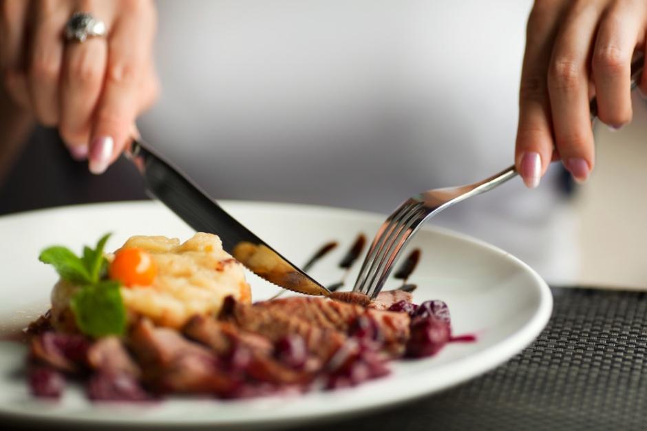 Kelnerzy ścigali klientów za niezapłacony rachunek w restauracji