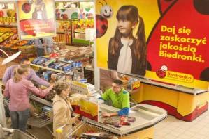Złodzieje najczęściej kradną w sklepach sieci Biedronka
