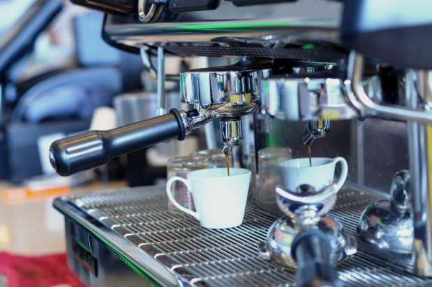 Polacy stali się bardziej świadomymi konsumentami kawy