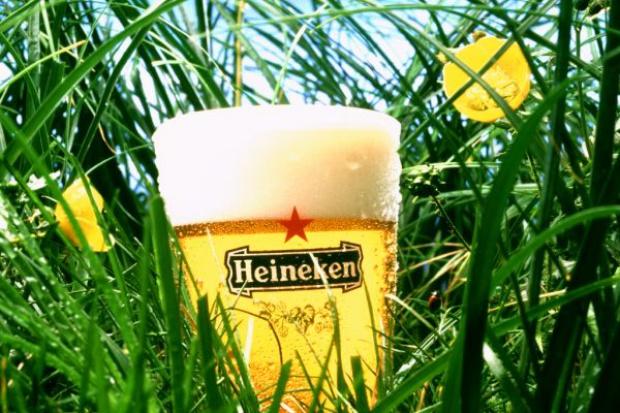 Grupa Heineken zwiększyła sprzedaż i zyski; optymistycznie patrzy na 2016 r.