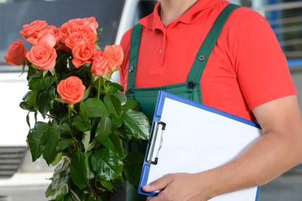 Przed walentynkami wzrasta zatrudnienie pracowników tymczasowych