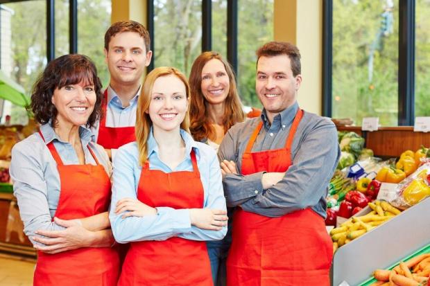 Najczęściej poszukiwanymi specjalistami są pracownicy handlu i sprzedaży
