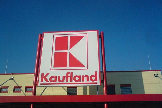 Kaufland wypłacił odszkodowanie za wypadek spowodowany przez wadliwy wózek