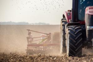 """""""Projekt ustawy o ustroju rolnym daje zbyt duże uprawnienia urzędnikom"""""""