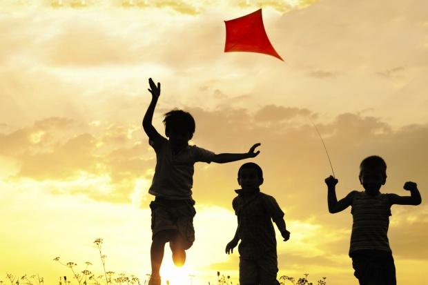 Ekspert: dotąd polskie państwo za mało pomagało rodzicom