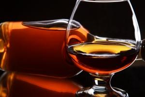 Ekskluzywne trunki poprawią sytuację na polskim rynku alkoholi?