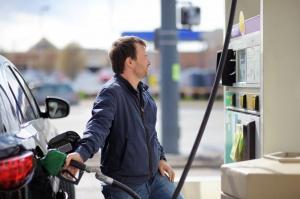 Ceny na stacjach paliw w marcu mogą wzrosnąć