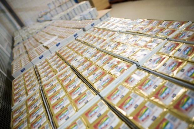 Kolejne spadki cen masła w UE