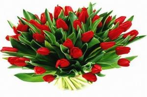Rosja świętuje Dzień Kobiet: Tradycyjne bukiety i długi weekend