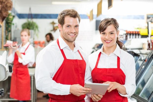 Pracodawcy chcą zatrudniać, m.in. w handlu, restauracjach i transporcie