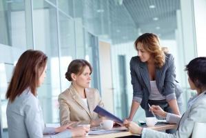 Sprawdź, co sprzyja, a co przeszkadza kobietom w karierze zawodowej