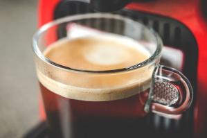 Rozwój rynku kawy szansą dla producentów ekspresów i kapsułek