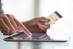 Link4 ubezpieczy zakupy przez internet