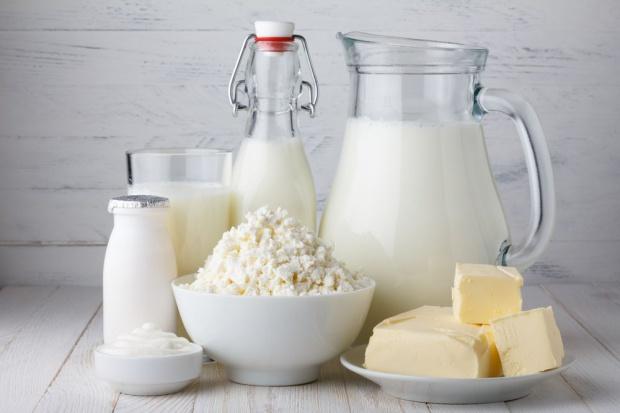 W lutym światowe ceny przetworów mlecznych nadal spadały