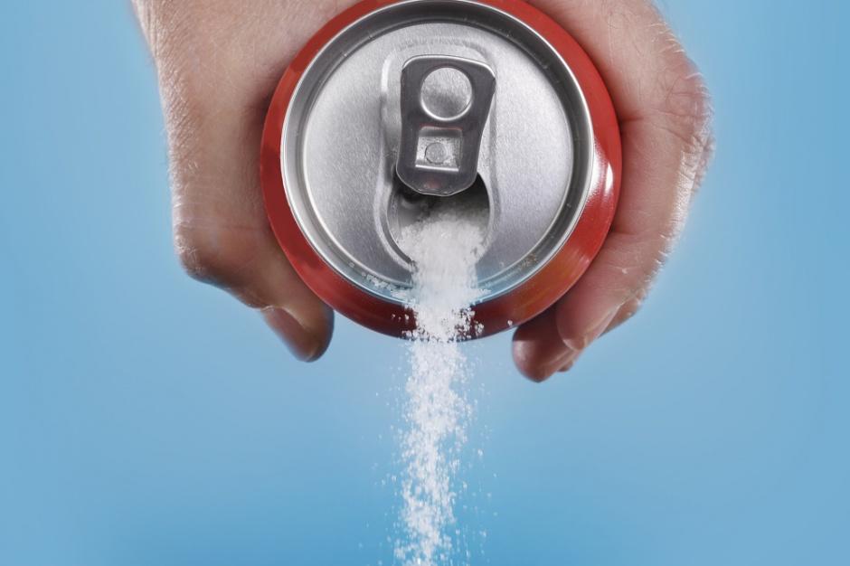 Wielka Brytania opodatkuje słodkie napoje