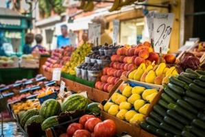 Eksperci apelują: Spożywajmy owoce i warzywa kilka razy dziennie