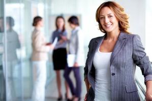 Handel detaliczny: Na stanowiskach zarządczych jest 38 proc. kobiet