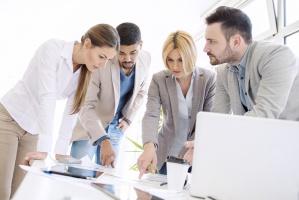 Co przeszkadza polskim firmom w rozwoju?