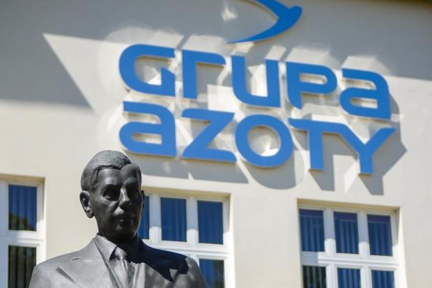 Grupa Azoty: Zarząd ZA Puławy rekomenduje wypłatę 10,5 zł dywidendy na akcję za 2015 r.