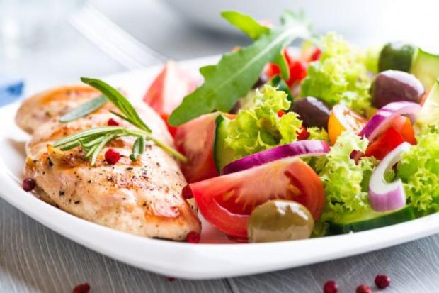 W Parlamencie Europejskim dyskusje o prawidłowych porcjach żywieniowych
