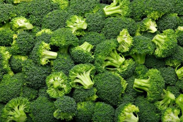 Co determinuje rozwój produkcji brokułów?