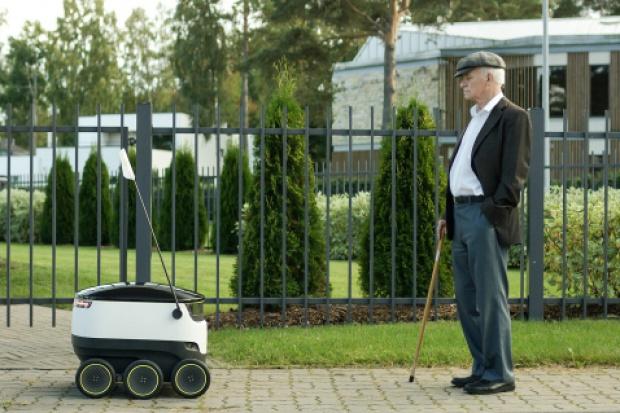 Inteligentny robot dostarczy zakupy do klientów w Wielkiej Brytanii