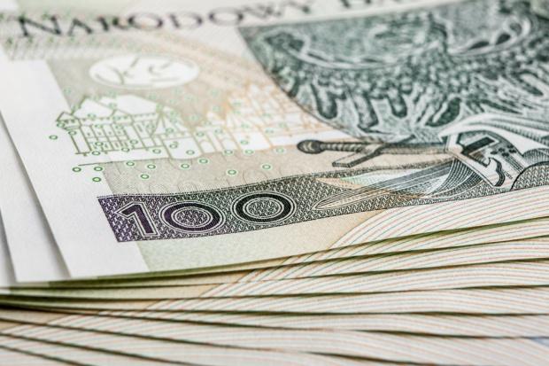 Sprzedawcy zarabiają średnio ok. 2 tys. zł