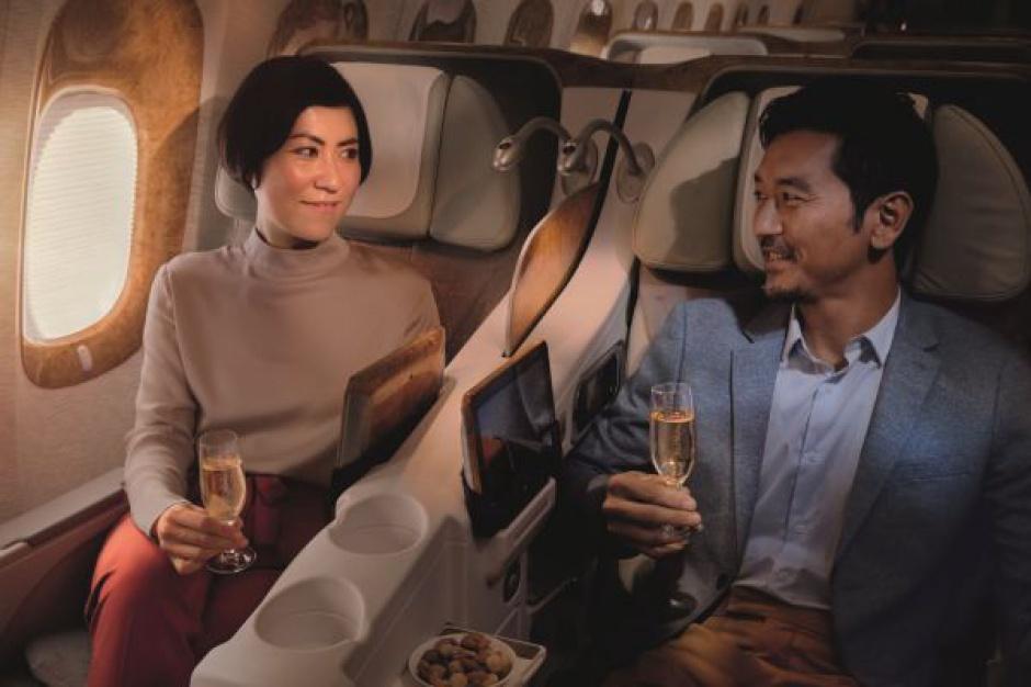 Linie Emirates wydają setki milionów dolarów na serwowane wina