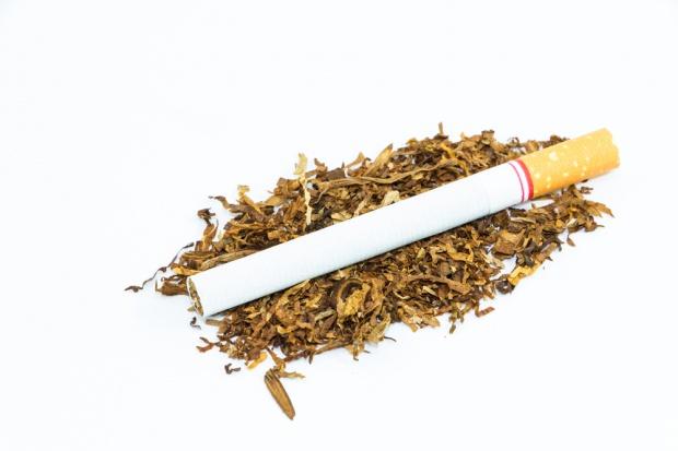 Polska traci 6 miliardów złotych rocznie przez podrabiany tytoń