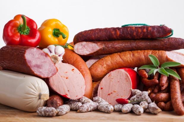 Kiełbasy tradycyjne i szynki najbardziej popularne wśród Polaków