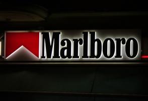 Philip Morris zwiększa udziały w polskim rynku papierosów
