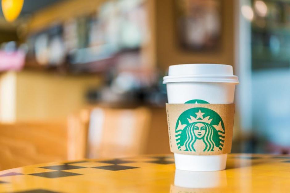 Starbucks: Kwartalne wyniki znacznie słabsze niż się spodziewano