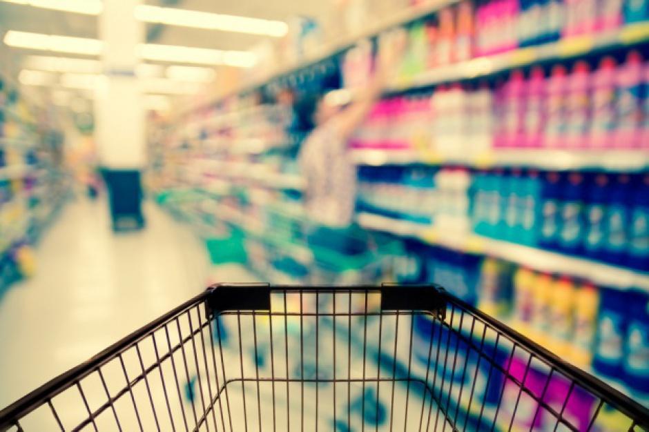 Handel detaliczny: Branża żywnościowa ocenia koniunkturę lepiej niż w marcu