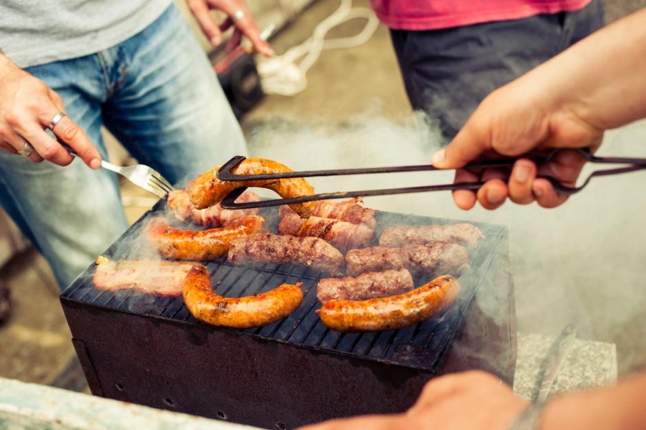 Blisko połowa Polaków rozpocznie sezon grillowy w majówkę