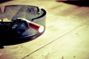 Resort zdrowia za ograniczeniami dot. papierosów i e-papierosów