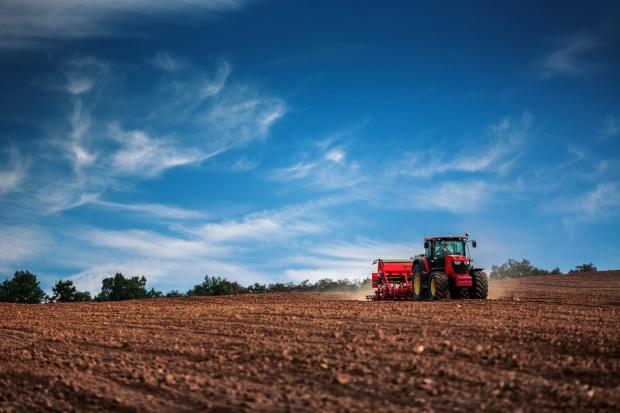 Wchodzą w życie nowe regulacje o obrocie ziemią